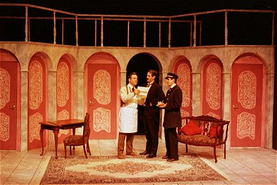 Evening of french farce for Farcical in french